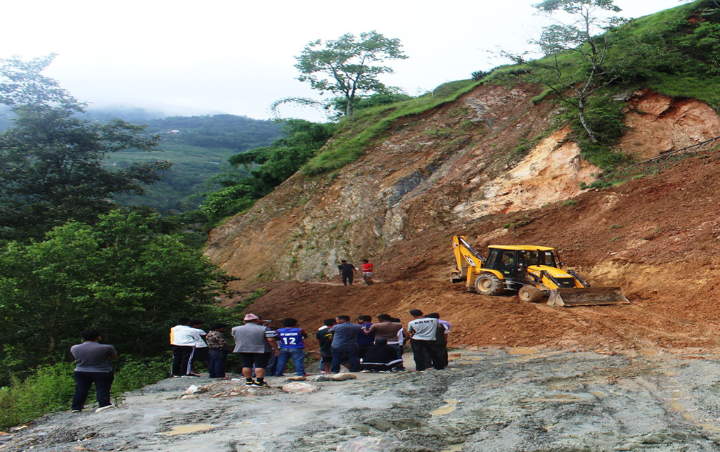 Mid hill highway's Parbat section works resume